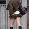 [画像あり]制服のスカートから見えるパンツってエロいよなwwwwwww