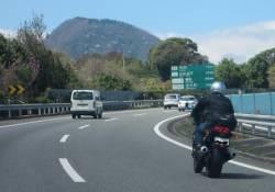 バイクで高速走ってたらダンプが煽ってきてワロタwwwwwwwwwwwwww