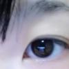 [画像]目だけ化粧していく→